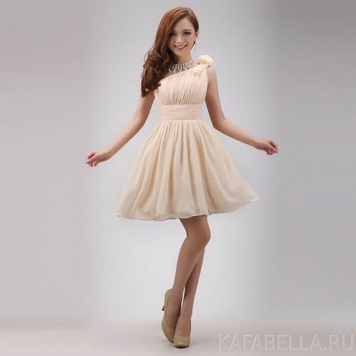 182420b22cd vypusknoj-bal-2014-makiyazh-plate-pricheska-2. Трендовым элементом  украшения выпускного платья ...