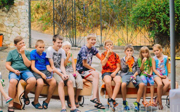 Зачем ребёнку детский лагерь? Дети